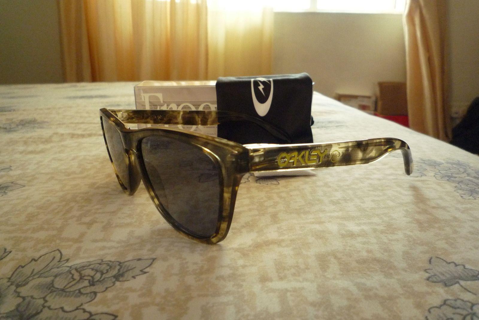 Fragment Design X Oakley Yellow/Brown Camo/Tortoise Frogskins - p1020421x.jpg