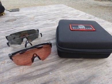 Oakley Tombstone - New Zero style glasses system - P1030005-390x293.jpg