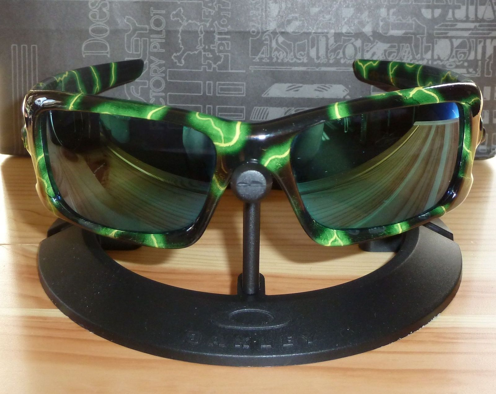 Oakley Crankcase Deep Brown Pattern Frame Colorful Lens