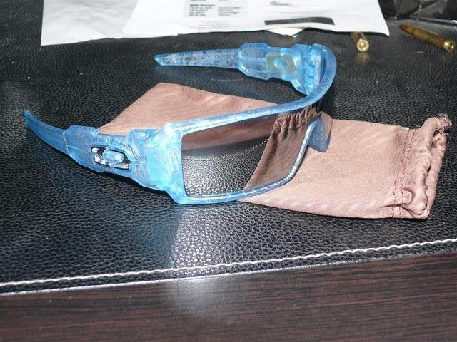 Frost Blue W/ Chrome Iridium Holiday Oil Rig. 24-187 - p1130328large.jpg