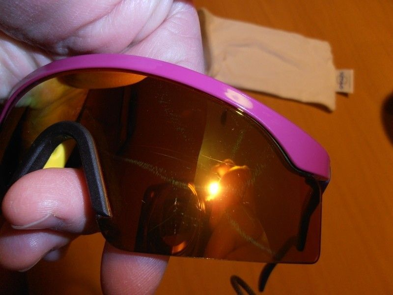 FS/T: Razor Blade - Fire Red Iridium / Violet / Dark Blue Legs - p1300142.jpg