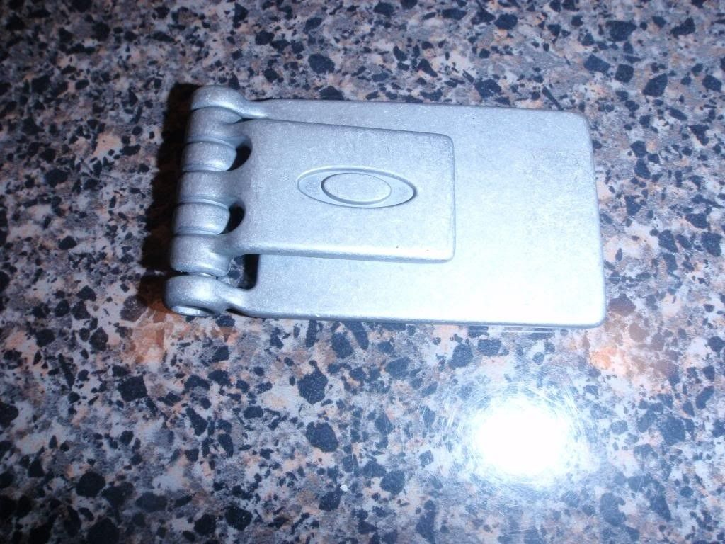 WTS: Money Clips, Large Watch Vaults And Surf Tool, Pro M Case........ - P3141635_zpscc829e52.jpg