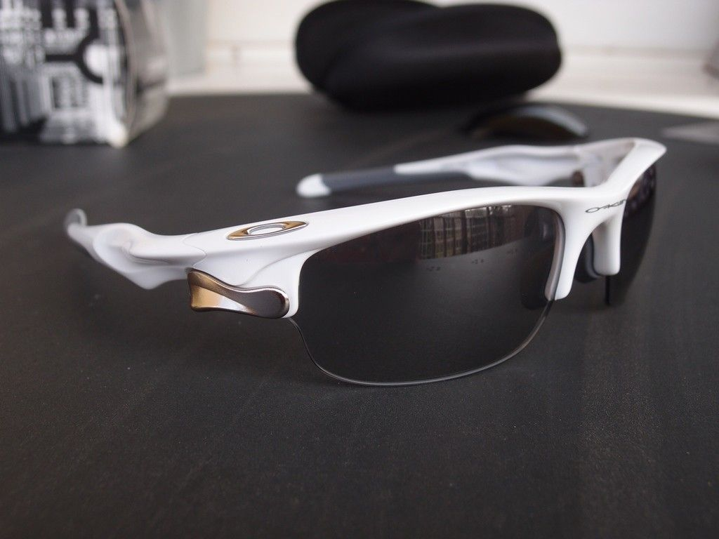 Oakley Fast Jacket Photochromic and radarlocks from safe house - P3253730.JPG