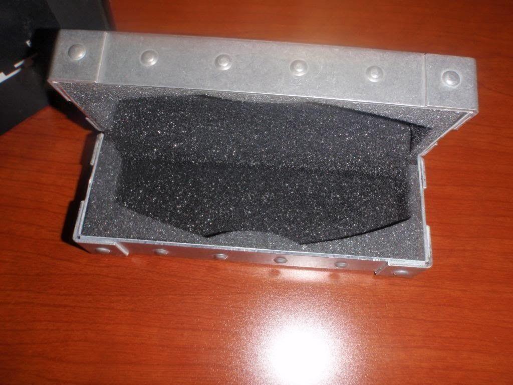 BNIB Oakley Romeo Earsock Kit And E Wire Vault....... - P4011640_zps51519592.jpg