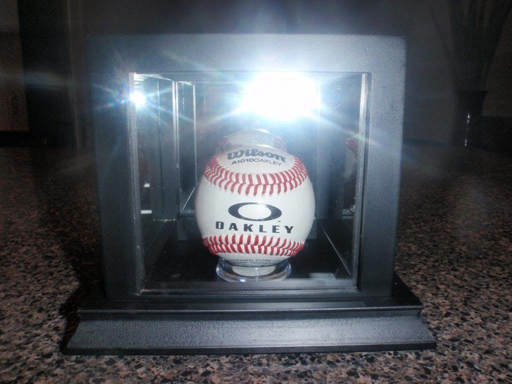 Oakley Baseball....... - P4131642_zpse1ec7b5d.jpg