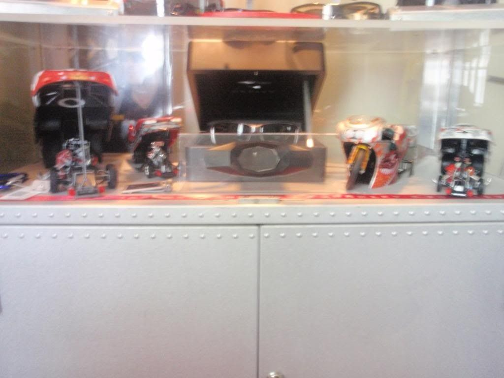 Updated Pictures Of Display Case And Watch Collection.... - P7181649_zps107f4242.jpg