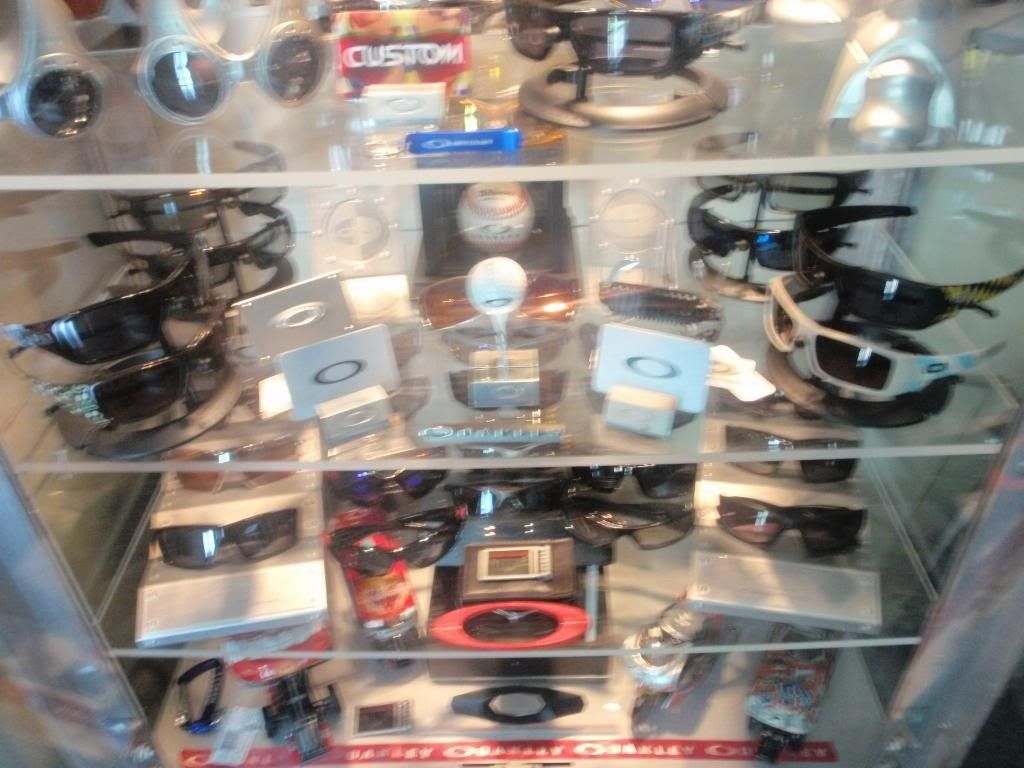 Updated Pictures Of Display Case And Watch Collection.... - P7181651_zps9d757e67.jpg