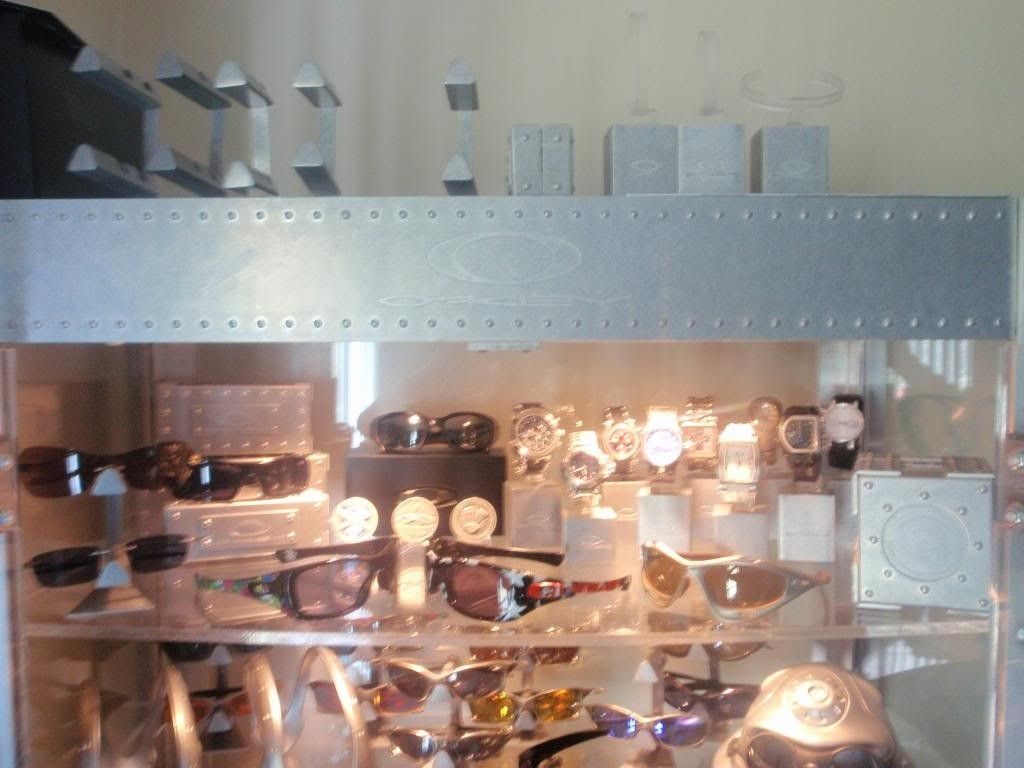 Updated Pictures Of Display Case And Watch Collection.... - P7181652_zpsc43cf8ac.jpg
