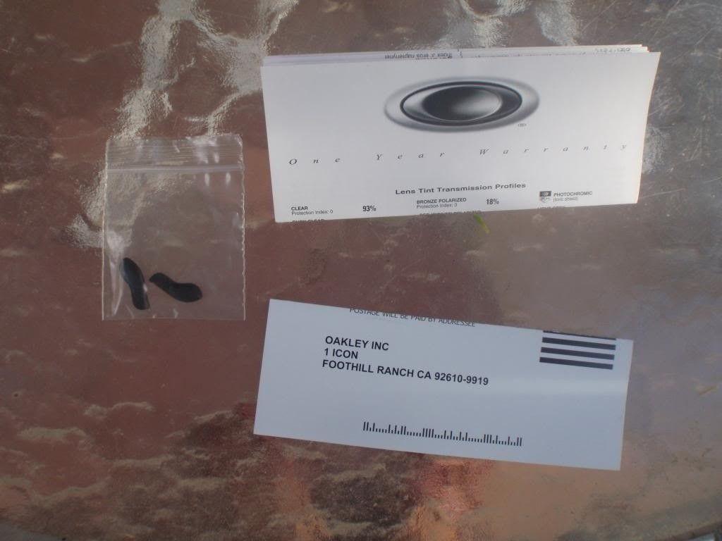 Complete In Box X Squared Polished Carbon / Black Iridium Polarized - P9010259.jpg