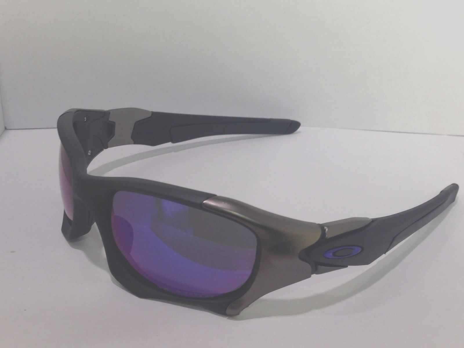 I was told these are Oakley PB2 lens - PB2v2.JPG