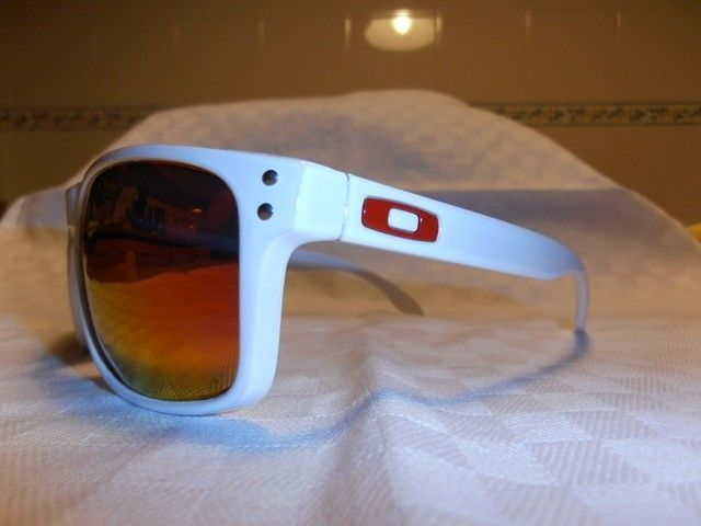 My First Full Customization: Polished White Holbrook With Fire Red Lenses - pc170502.jpg