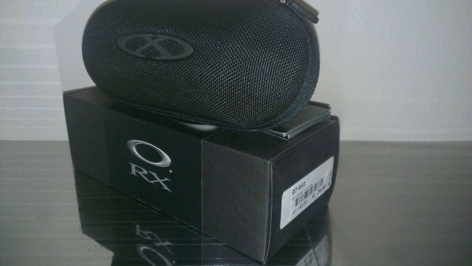 Oakley XMETAL Soft Vault 07-027 (complete W/ Box) - pca3wnzi.jpg