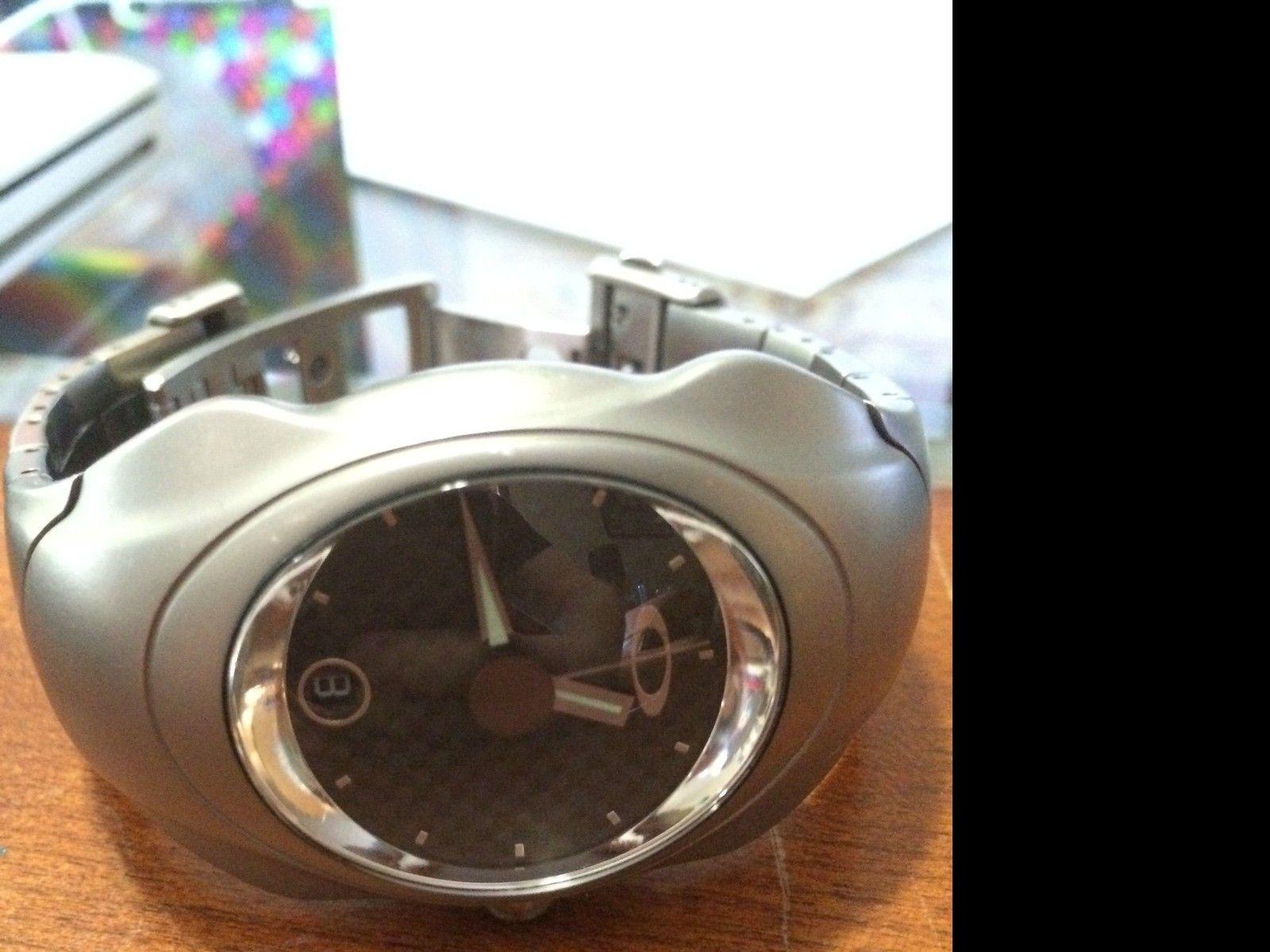 Oakley Time Bomb - photo 1.JPG