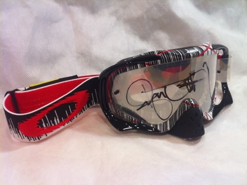Ryan Dungey Signature Series Crowbar: With A Signature ;) - photo-2-1.jpg