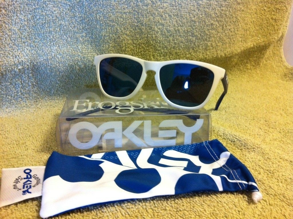 B1B Frogskins Blue And White! - photo-28.jpg