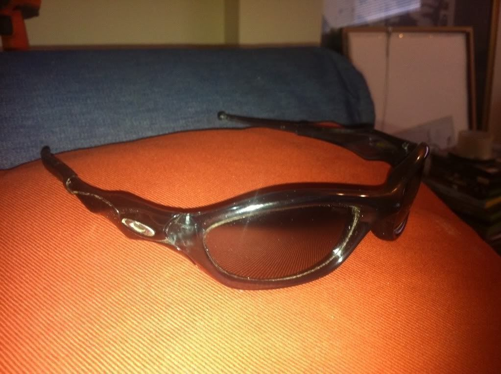 Help! Can Someone Identify These Oakleys? - photo.jpg