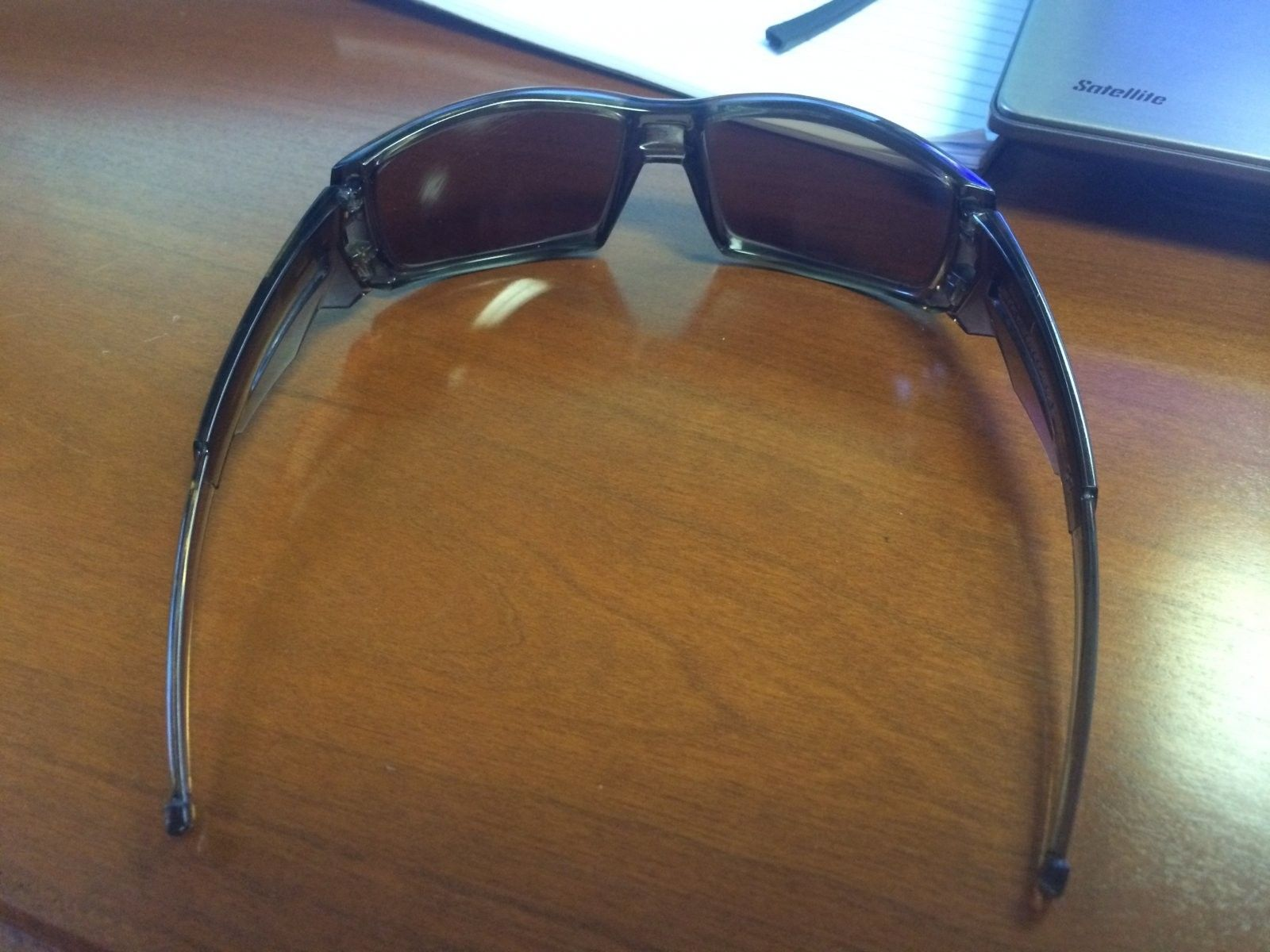 Identify Oakley Model - Photo Sep 09, 7 57 48 AM.jpg