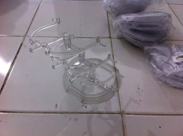 4.0 Riser, New Design Oakley Clear Plastic Stand 3tier And 2tier - photo16_zps350b4e08.jpg