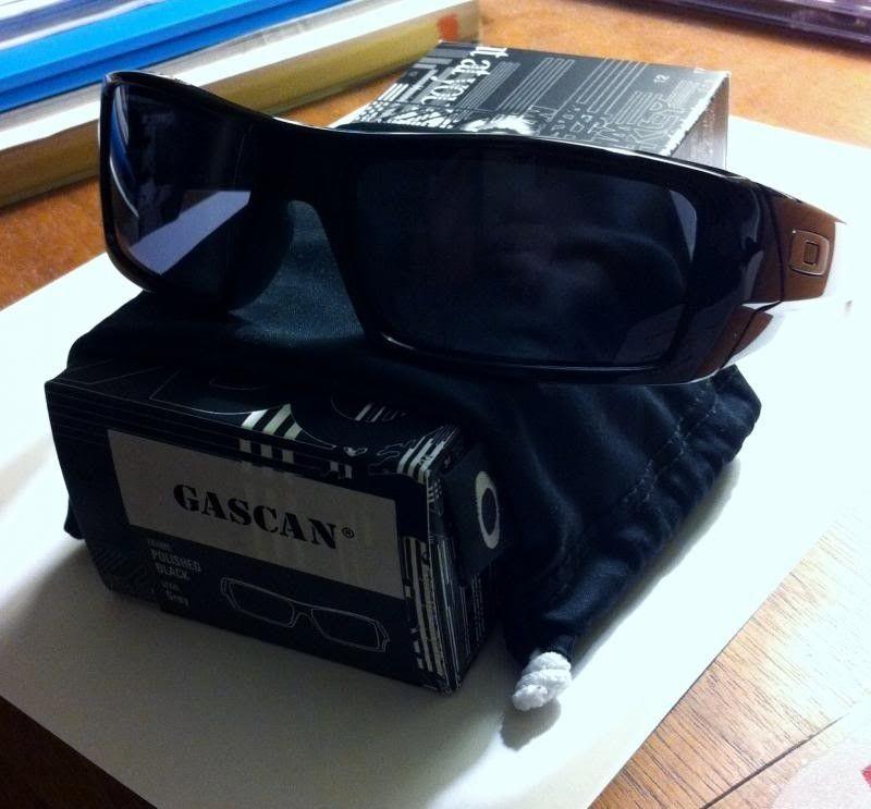 BNIB Polished Black Gascan - photo1_zps89f5a34d.jpg