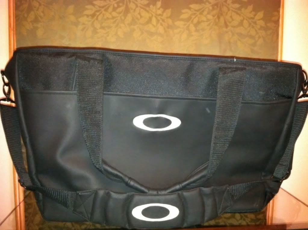 FS/FT   RARE! Japanese Issued Oakley Shoulder Golf Bag - photo22.jpg