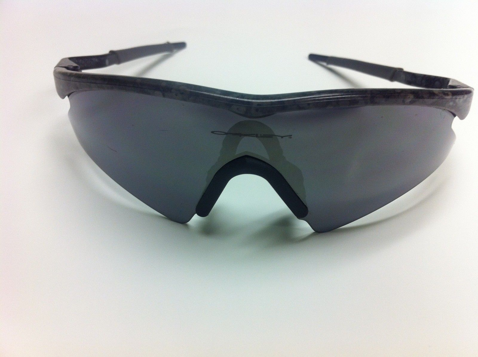 For Sale 2 Zero 0 6 And Vintage M Frame Mumbo Oakley Forum