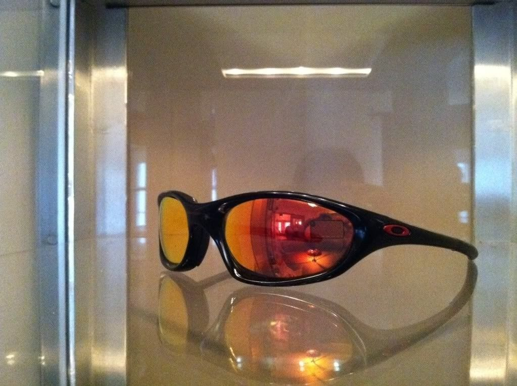 FS: 2 Pair Oakley Twenty XX - photo3-3.jpg