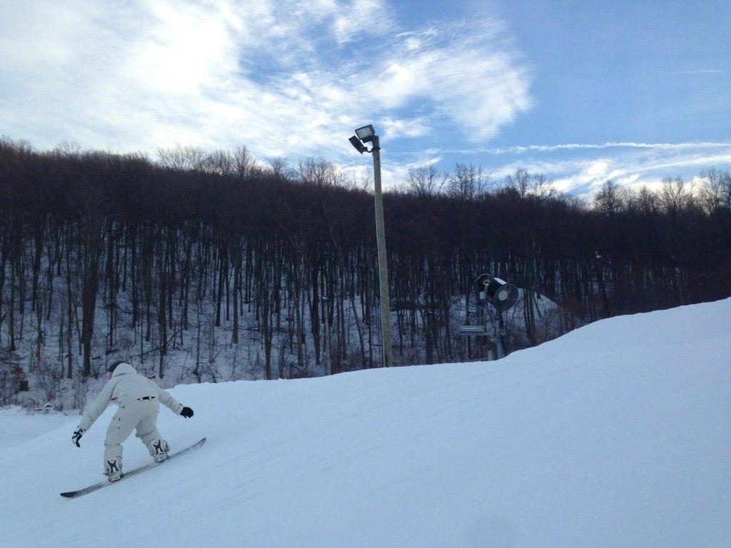 Anyone Snowboard Or Ski? - photo3.jpg