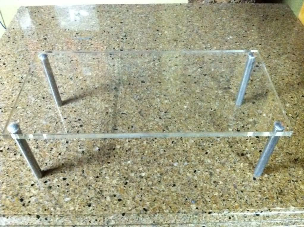 Oakley Acrylic Riser/Shelf - photo32-1.jpg