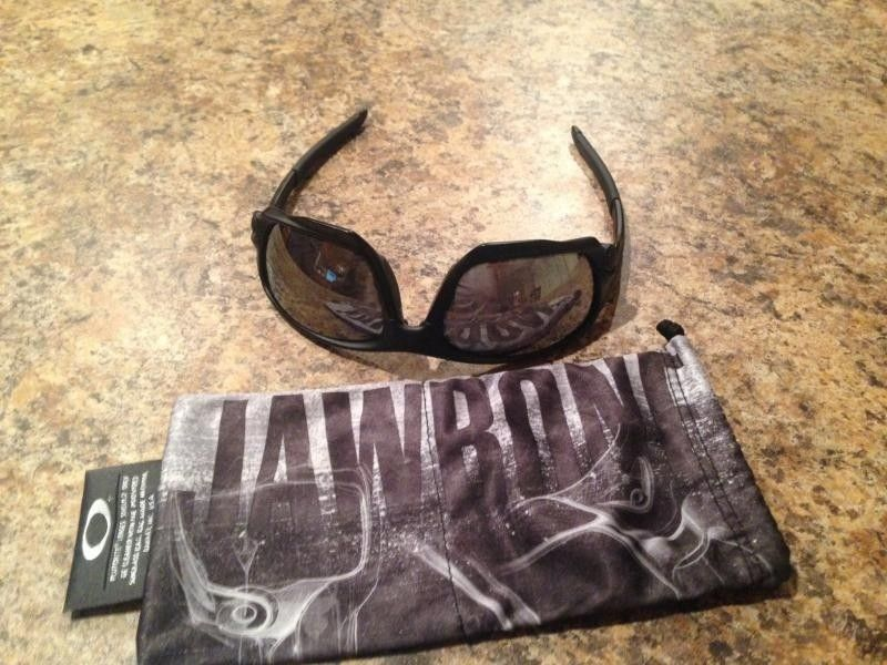 Oakley Jawbone Matte Black With Black Iridium Non-vented - photo4-2.jpg