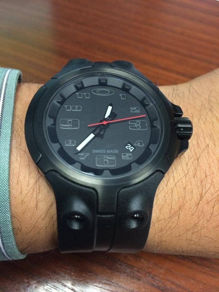 Oakley BottleCap Watch - Black Stealth - photo4_zpsd9d3c7fd.jpg