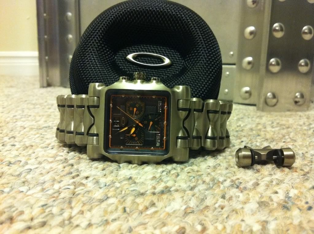 Or Trade Minute Machine Watch Yellow Dial - photo_zpsdef43014.jpg