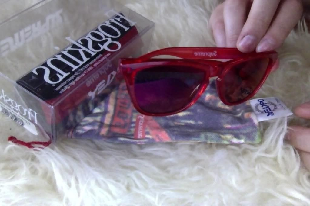 Supreme Crysral Red Bnib Cheap - Photoon6-25-12at557PM.jpg