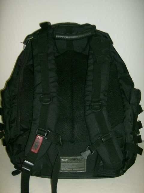 Need Help Identifying This Backpack - Picture014-1.jpg