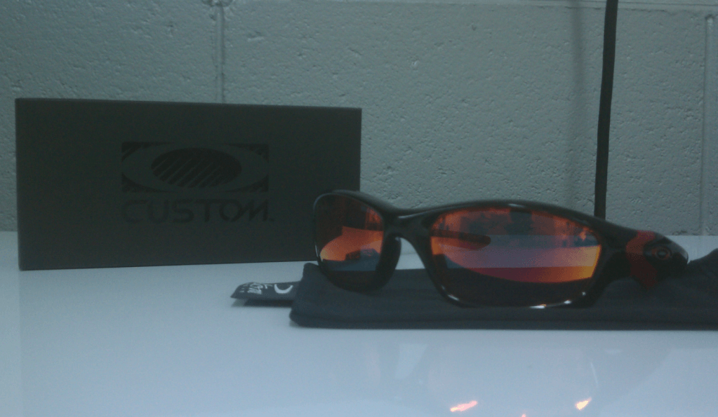FS: Custom Oakley Straight Jacket - Picture3-5.png