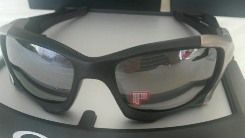 Wts: Oakley Pitboss 2 Matte Black Polarized - pitboss2b_zps0e0b2e7d.jpg