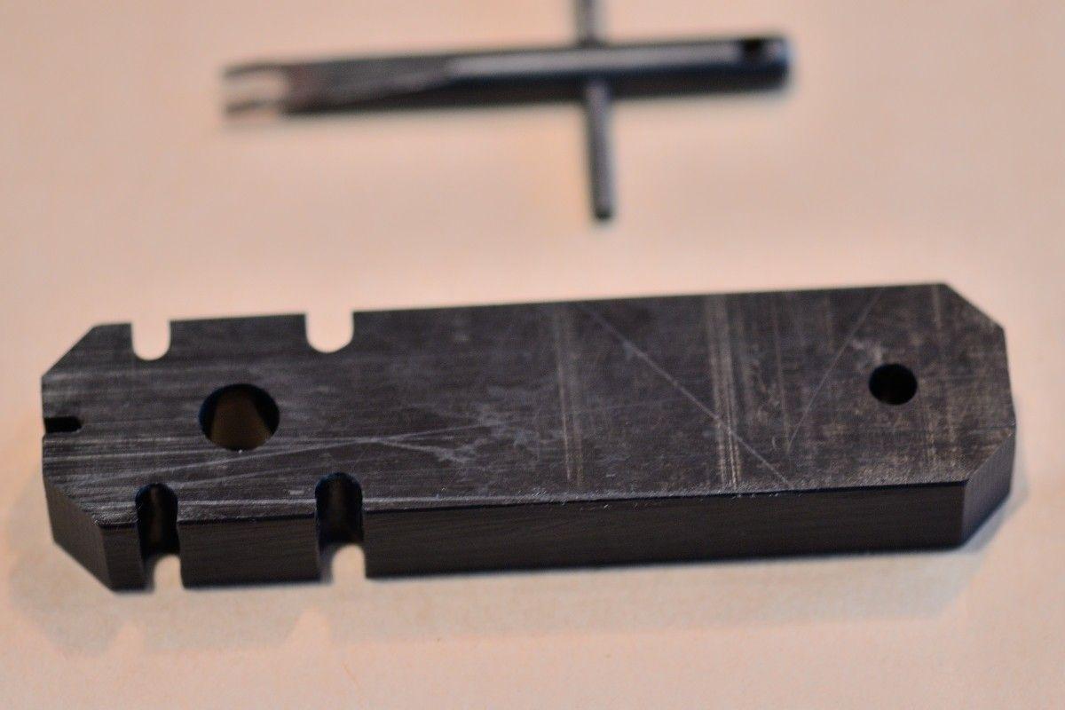 Is this an Oakley part? - PJB_0354_48843.JPG