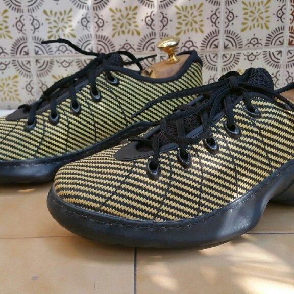 Oakley shoeone - PMCovershot2016-0308 18_44_34.jpg