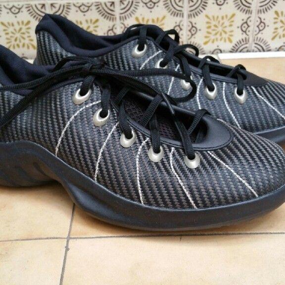 Oakley shoe one size 11us - PMCovershot2016-0429 13_27_22.jpg
