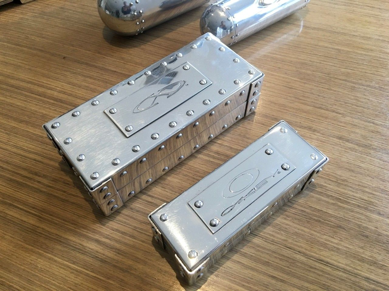 Polished Rep Briefcase & Vaults - Polished Case - 3.jpg