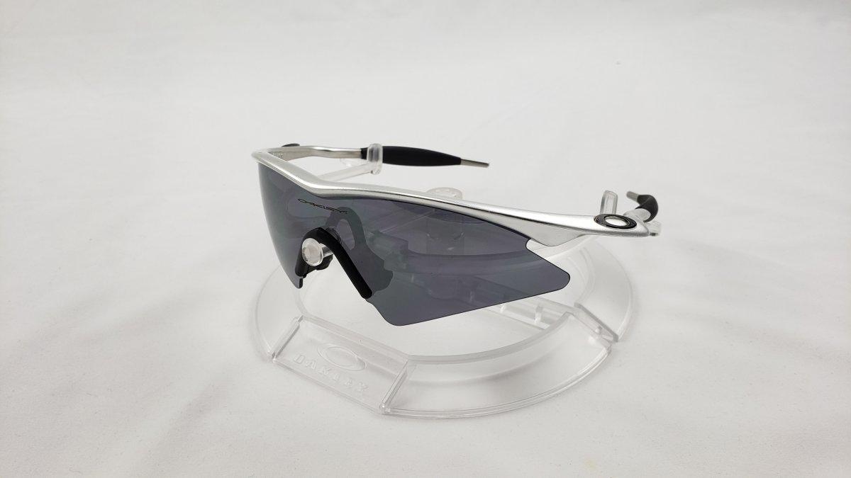 Pro M Frame Sweep Polished Aluminum  Black Iridium.jpg