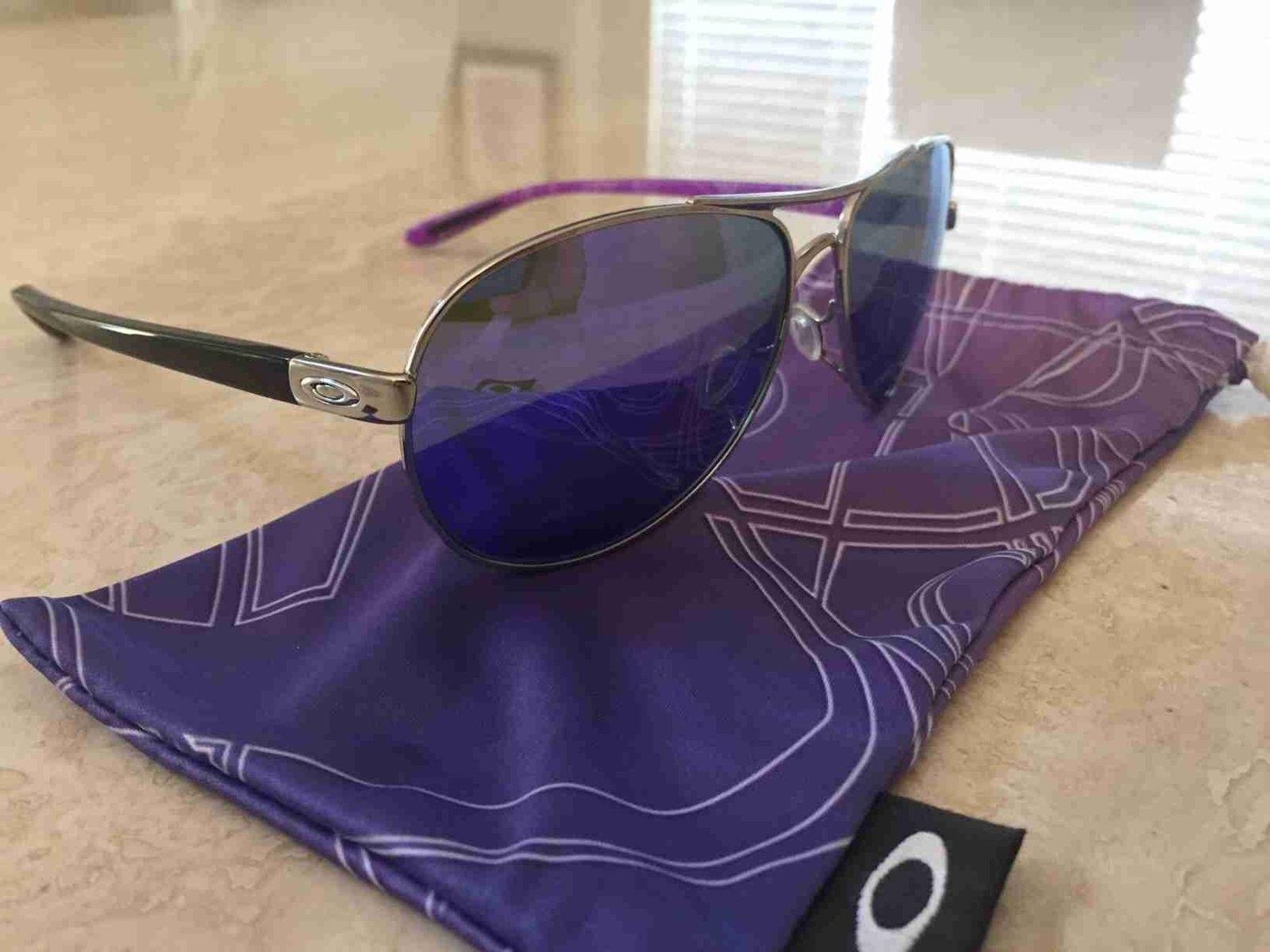 Gave my daughter her first Oakley's yesterday. - Purple Aviators.jpg