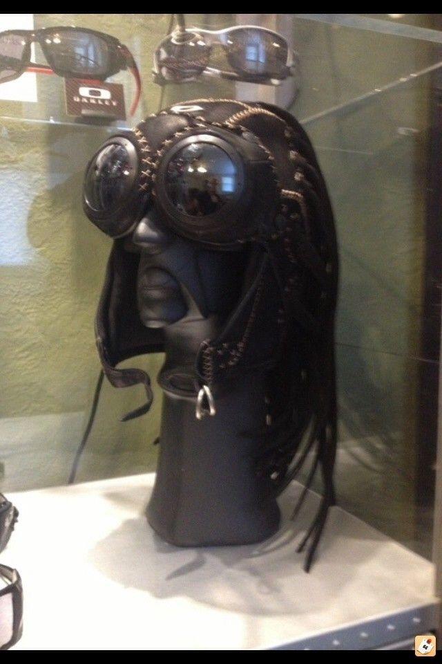 WTS:  Large Medusa W/ Goggles And Bob Head - qevanu4u.jpg