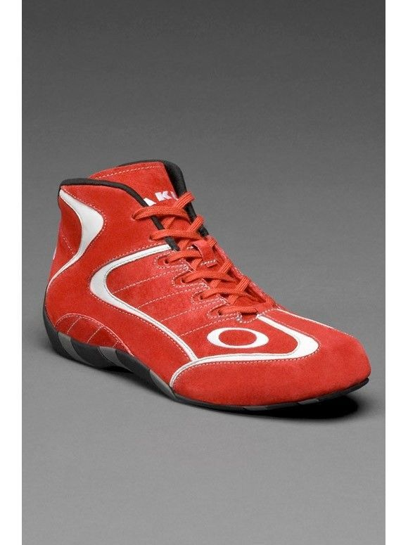 Who know's there Oakley Race mid shoes? - race_mid_shoes_6_full_zps3089e832.jpg