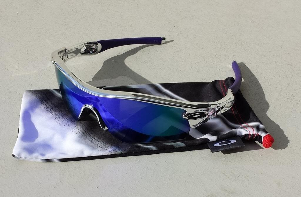 Oakley Radar - BMX Chrome With Violet - Radar02.jpg