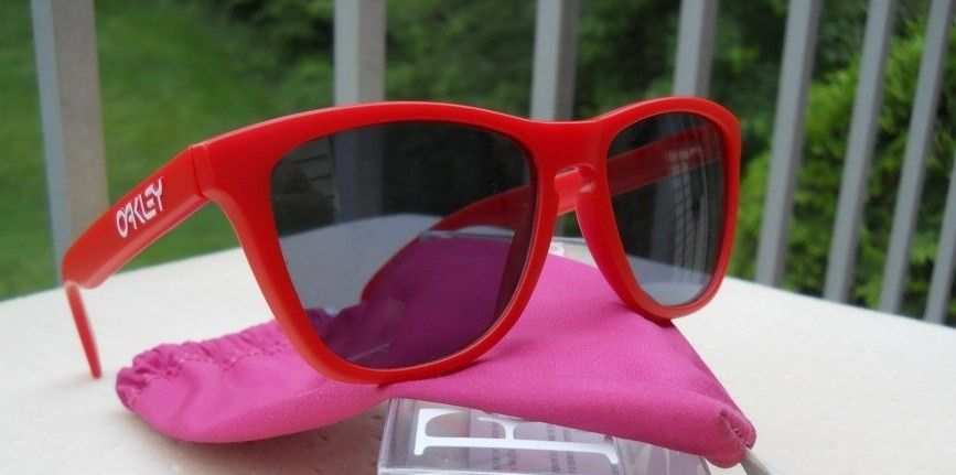03-147 Matte Red Frogskins - Classic 2008 Edition - SOLD - red.jpg