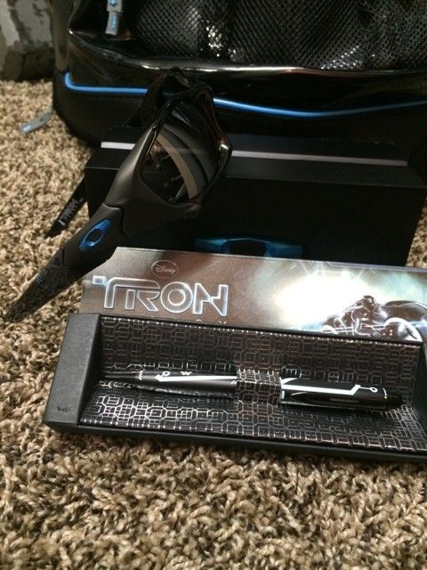 Tron Combo Pack!! - resu6u6y.jpg