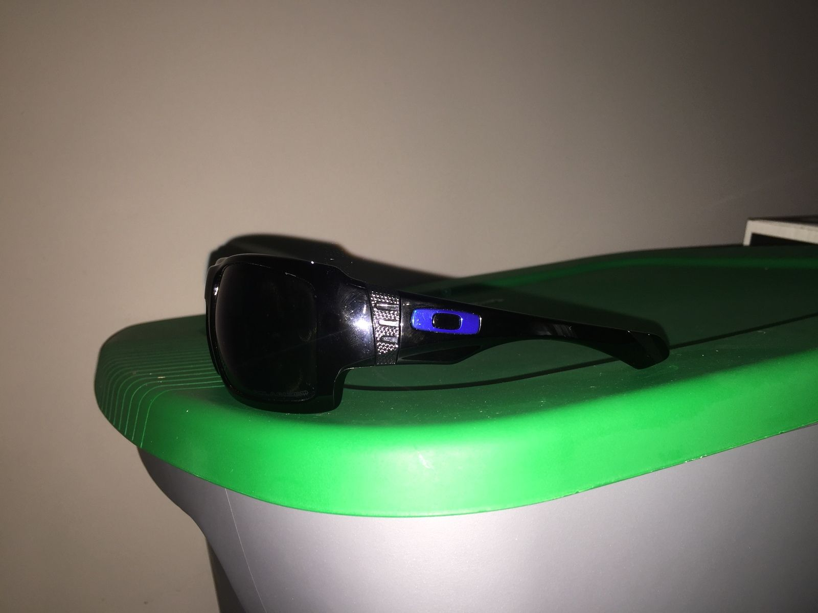 Very first pair of oakleys - rhgyKpB.jpg