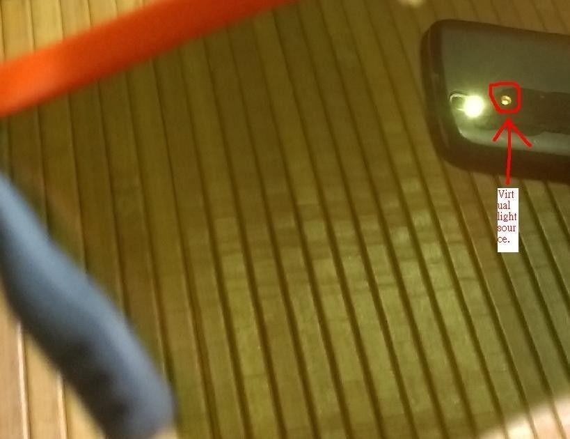 Did anyone see this when wear Oakley Radarlock  w/ light souce spot? - right.jpg