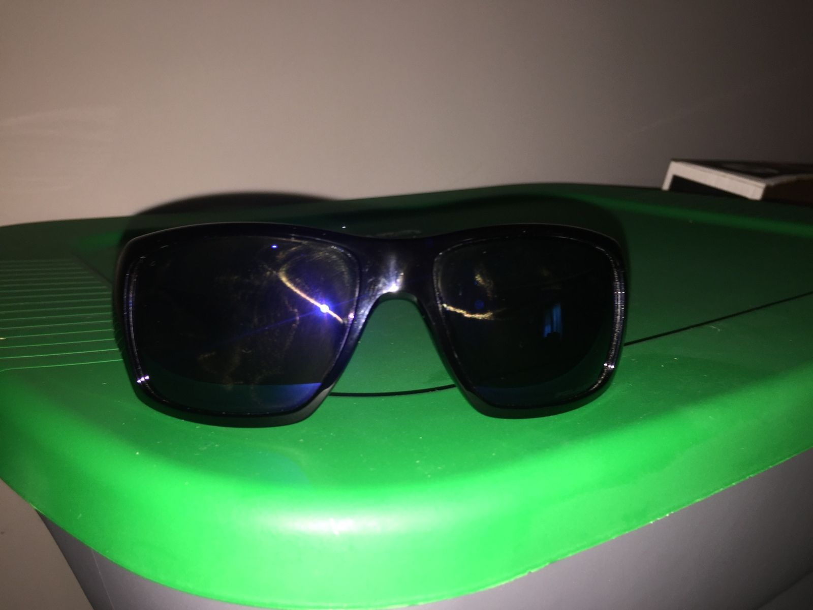 Very first pair of oakleys - rn1mfY9.jpg