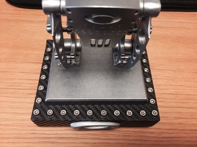 Bunker #33 and Robot #315 both come with custom display stands - robot 315 2.jpg